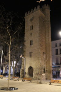 Tour saint Jean Avignon place pie