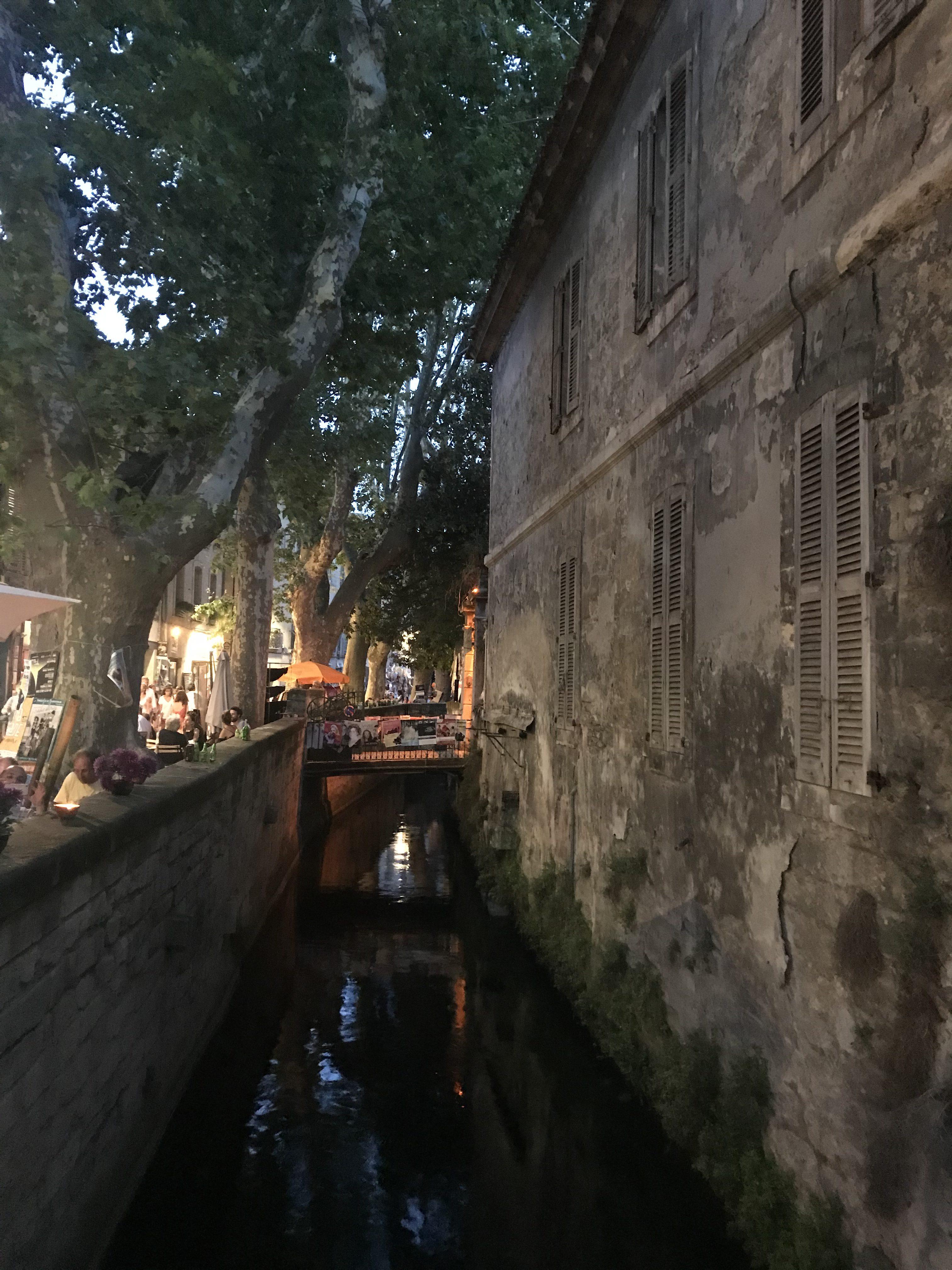 Rue des tenturiers