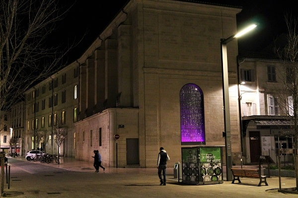 visite original d'Avignon, place pie